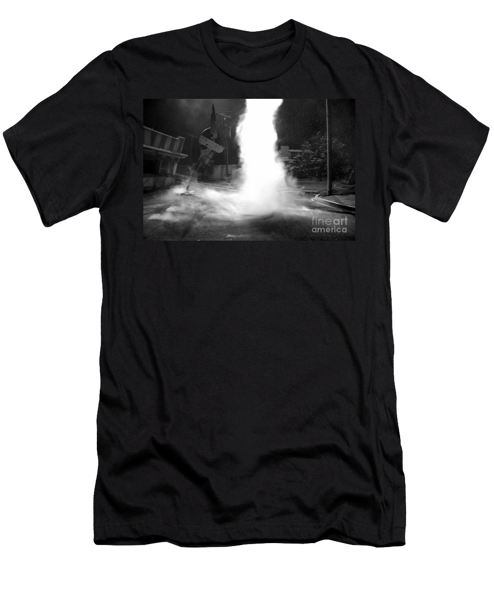 Twister Men's T-Shirt (Athletic Fit) featuring the photograph Twister In The Neighborhood by David Lee Thompson