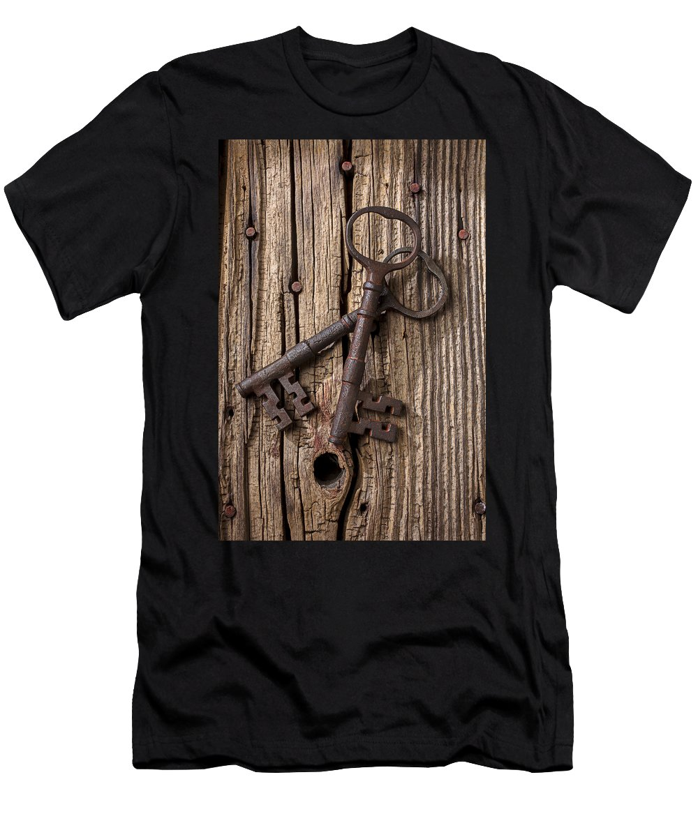 Old Men's T-Shirt (Athletic Fit) featuring the photograph Two Old Skeletons Keys by Garry Gay