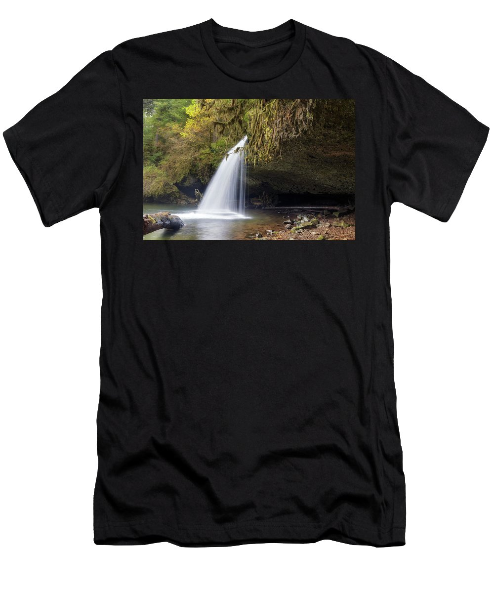 Upper Butte Creek Falls Men's T-Shirt (Athletic Fit) featuring the photograph Upper Butte Creek Falls Closeup by David Gn