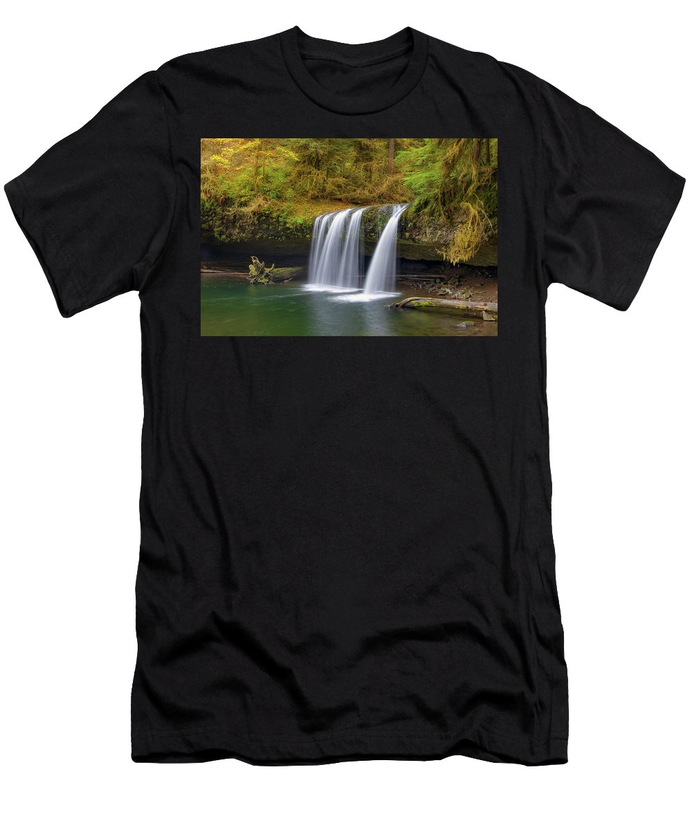 Upper Butte Creek Falls Men's T-Shirt (Athletic Fit) featuring the photograph Upper Butte Creek Falls In Autumn by David Gn