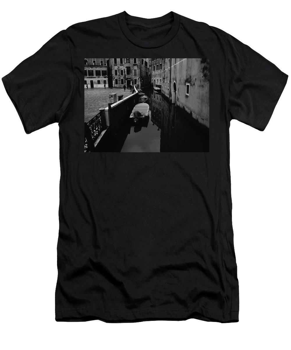 Venice Men's T-Shirt (Athletic Fit) featuring the photograph Venice View by Lholi