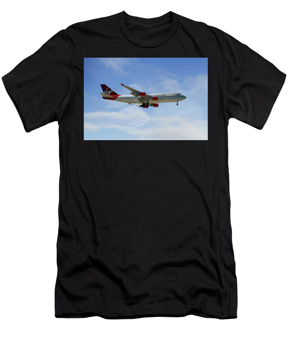 Virgin Atlantic Men's T-Shirt (Athletic Fit) featuring the photograph Virgin Atlantic Boeing 747-443 by Smart Aviation