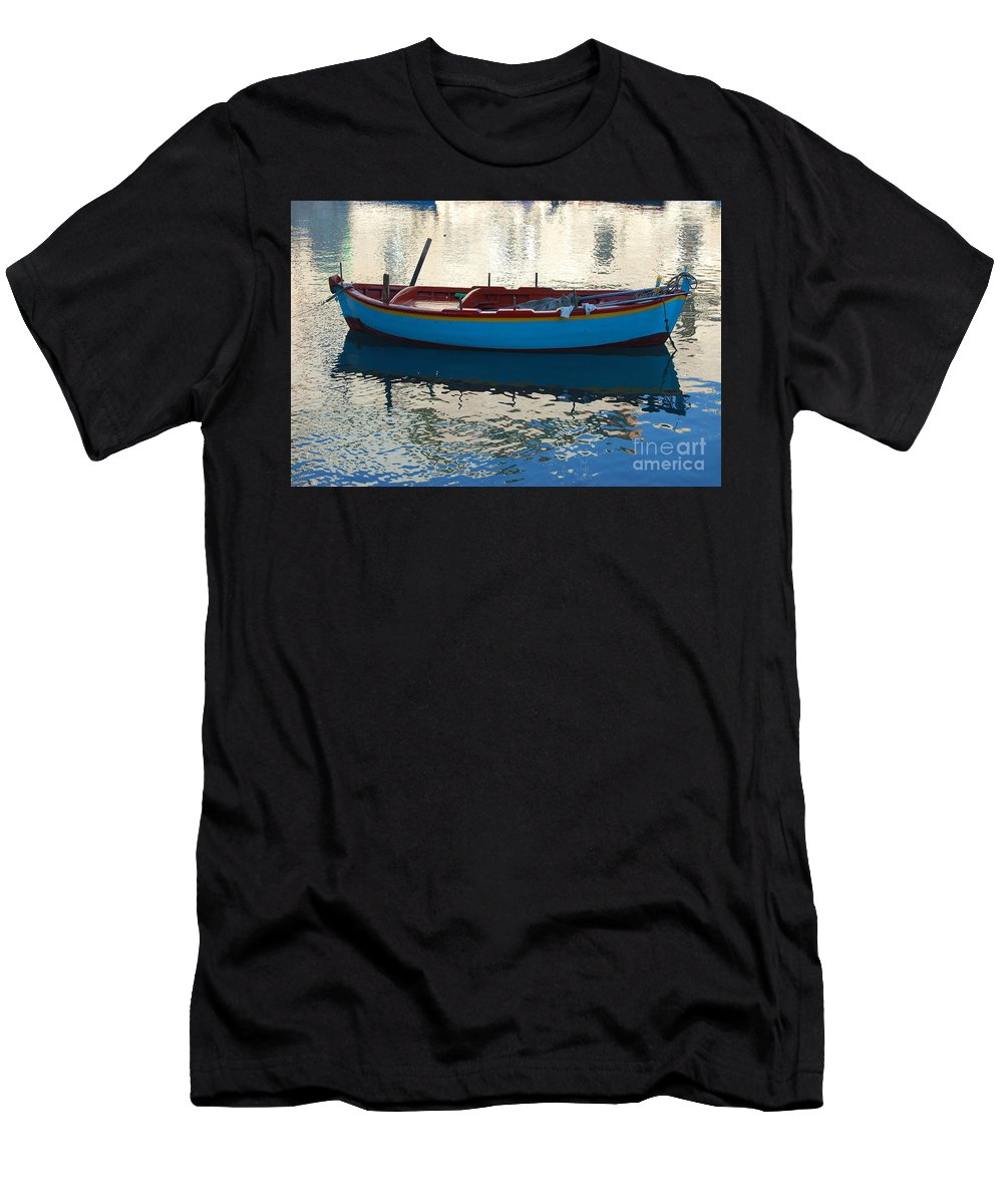 Adriatic Men's T-Shirt (Athletic Fit) featuring the photograph Waiting To Go Fishing by Frank Stallone
