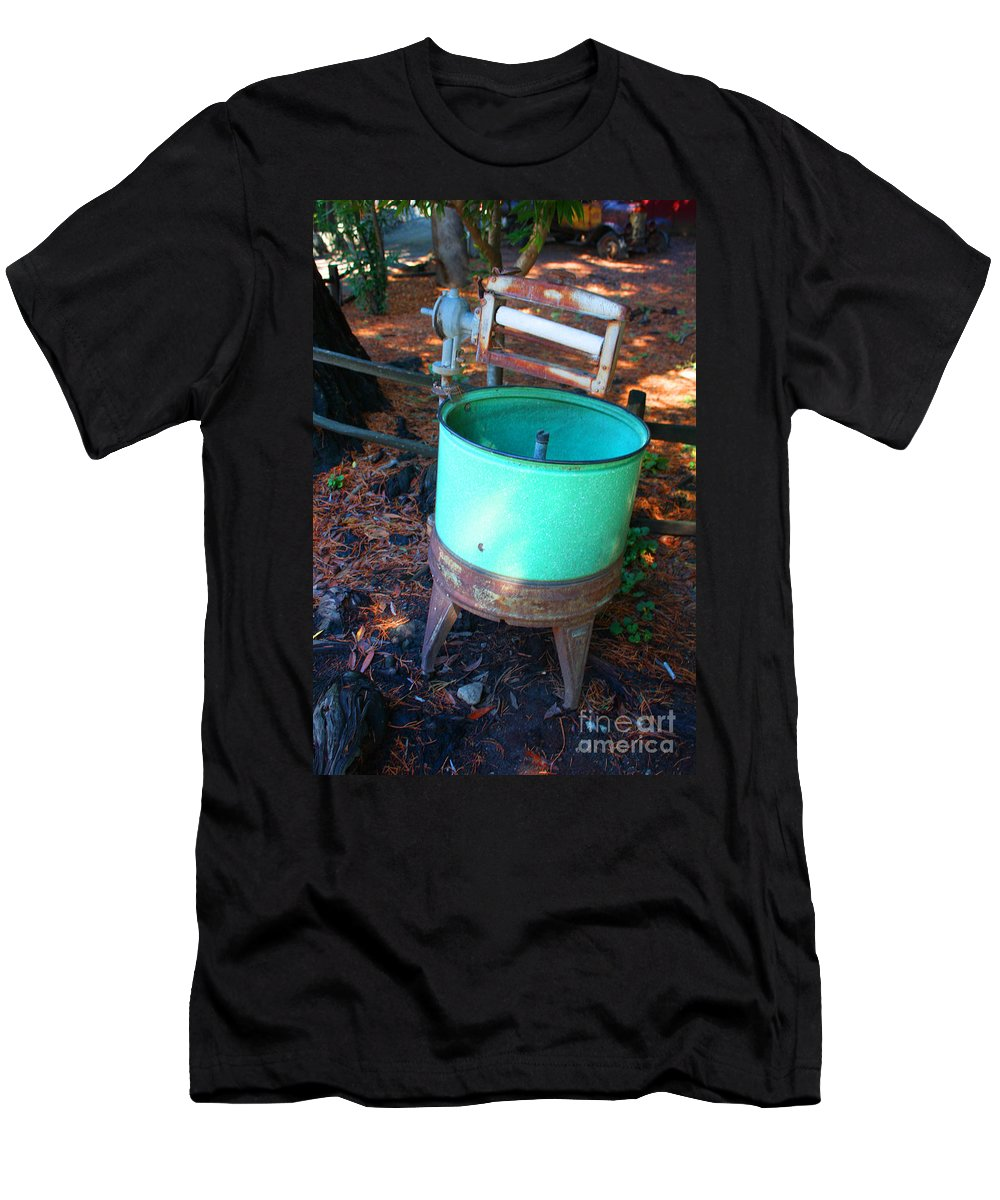 Oak Glen Men's T-Shirt (Athletic Fit) featuring the photograph Washed Up by Tommy Anderson