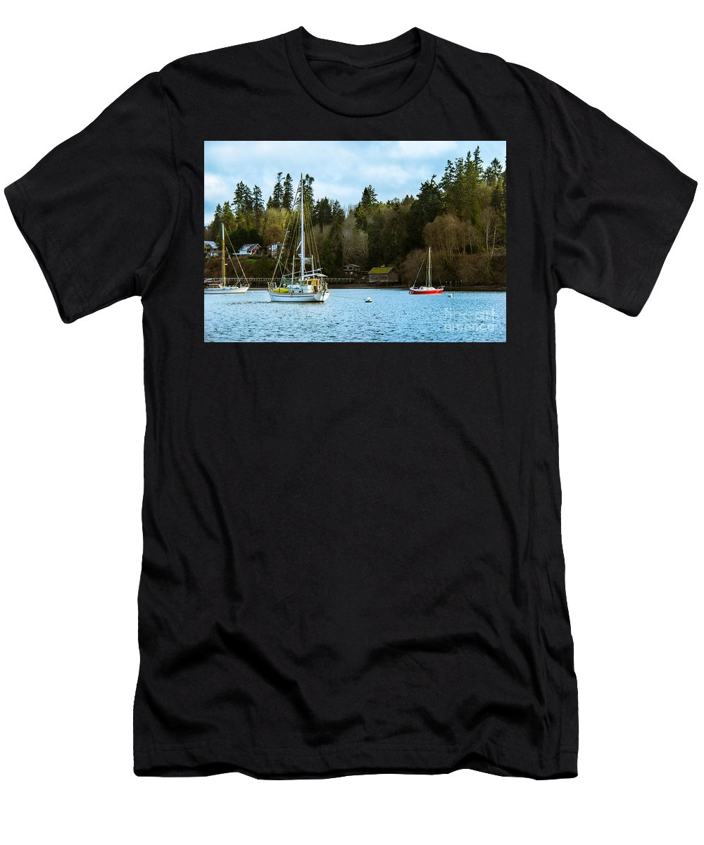 Bainbridge Island Men's T-Shirt (Athletic Fit) featuring the photograph Washington Harbor by Ava Peterson