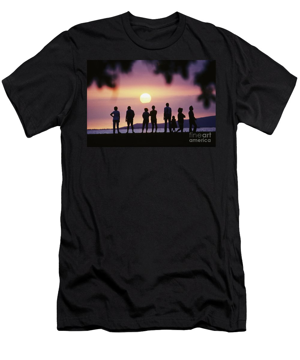 Afternoon Men's T-Shirt (Athletic Fit) featuring the photograph Watching The Sunset by Carl Shaneff - Printscapes