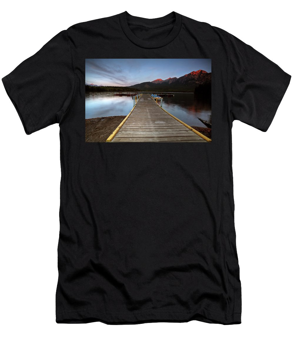 Docks Men's T-Shirt (Athletic Fit) featuring the digital art Water Reflections At Pyramid Lake by Mark Duffy
