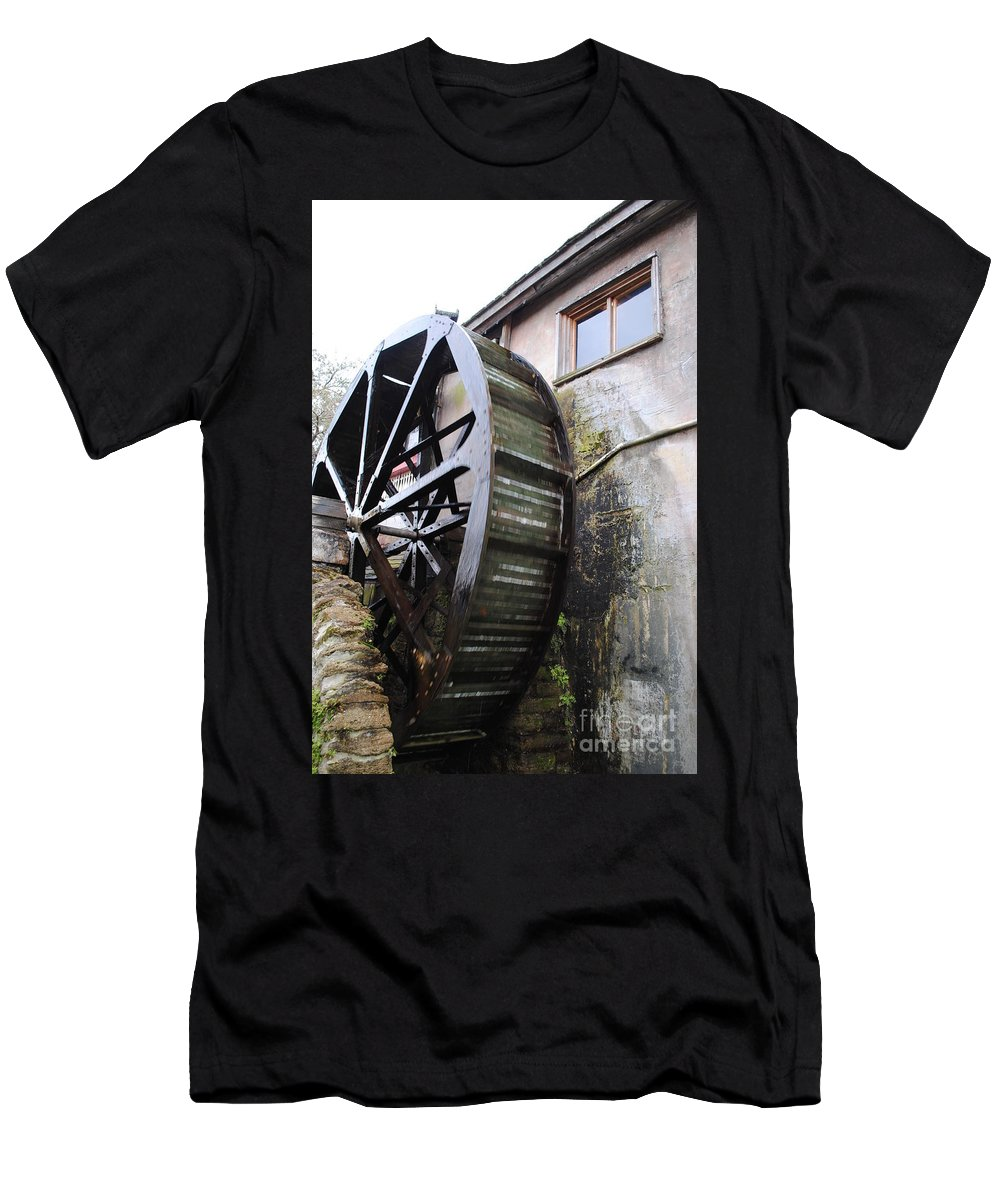 Mill Men's T-Shirt (Athletic Fit) featuring the photograph Water Wheel by Jost Houk
