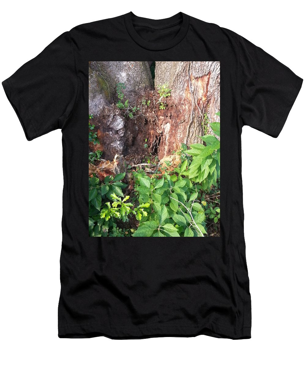 Tree Men's T-Shirt (Athletic Fit) featuring the photograph Weedy Beauty by Donna Riordan