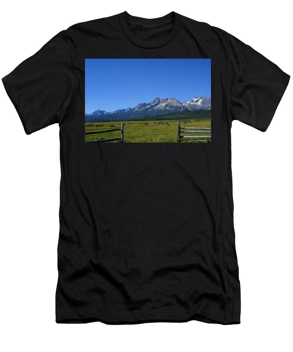 Landscape Men's T-Shirt (Athletic Fit) featuring the photograph Welcome by Lisa Spero