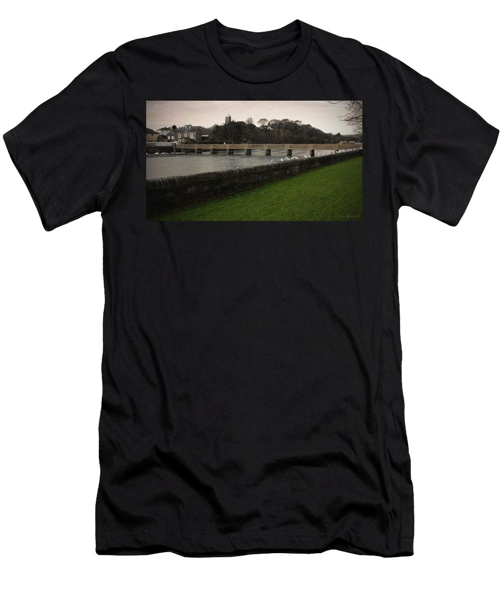 Footbridge Men's T-Shirt (Athletic Fit) featuring the photograph Wicklow Footbridge by Tim Nyberg