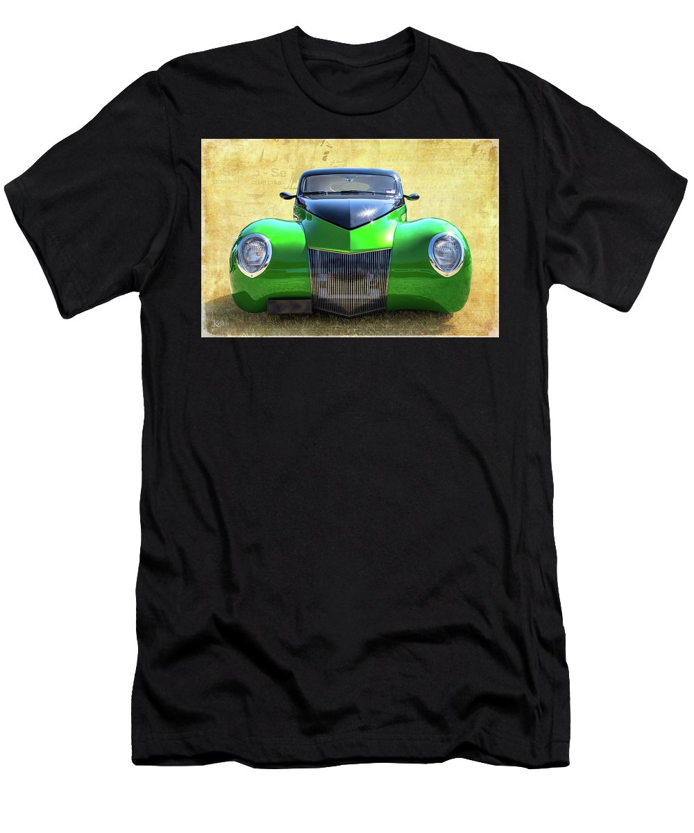 Car Men's T-Shirt (Athletic Fit) featuring the photograph Wide Eyes by Keith Hawley