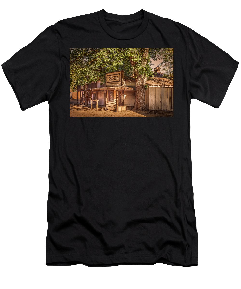 Wild West Men's T-Shirt (Athletic Fit) featuring the photograph Wild West Sheriff Office by Gene Parks