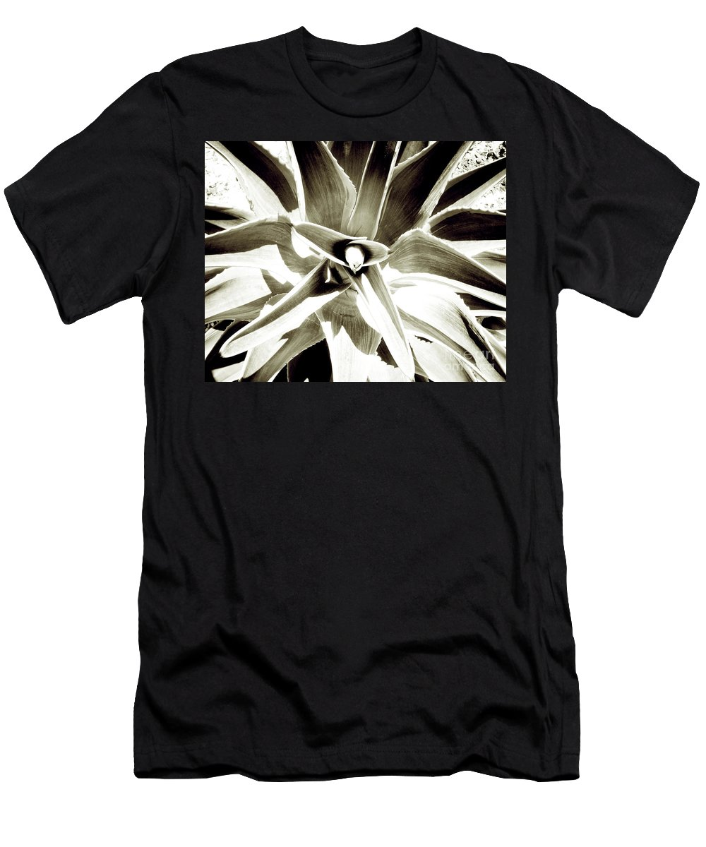 Florida Men's T-Shirt (Athletic Fit) featuring the photograph Windmill Extreme by Chris Andruskiewicz