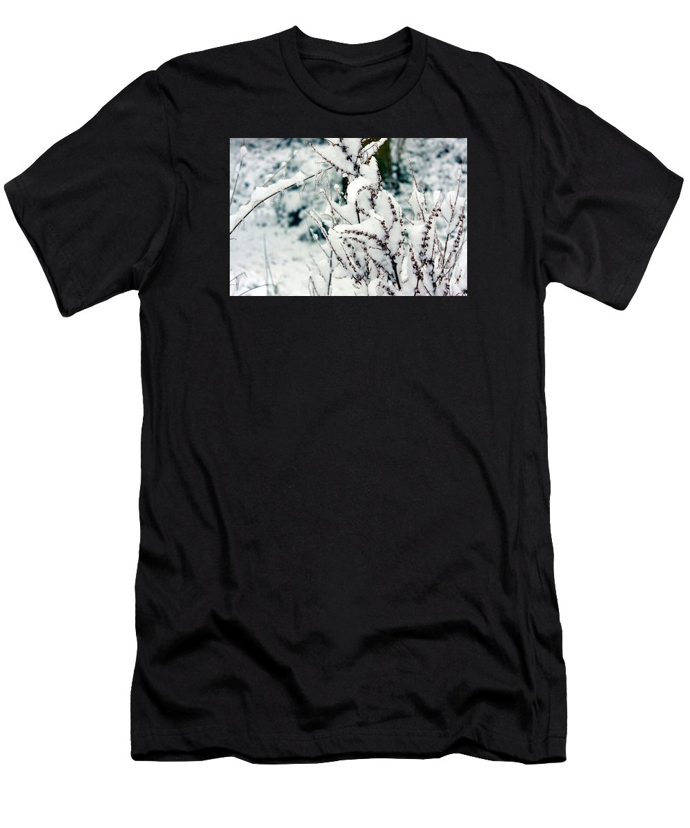 Snow Men's T-Shirt (Athletic Fit) featuring the photograph Winter Is Comming by Kyle Hillman