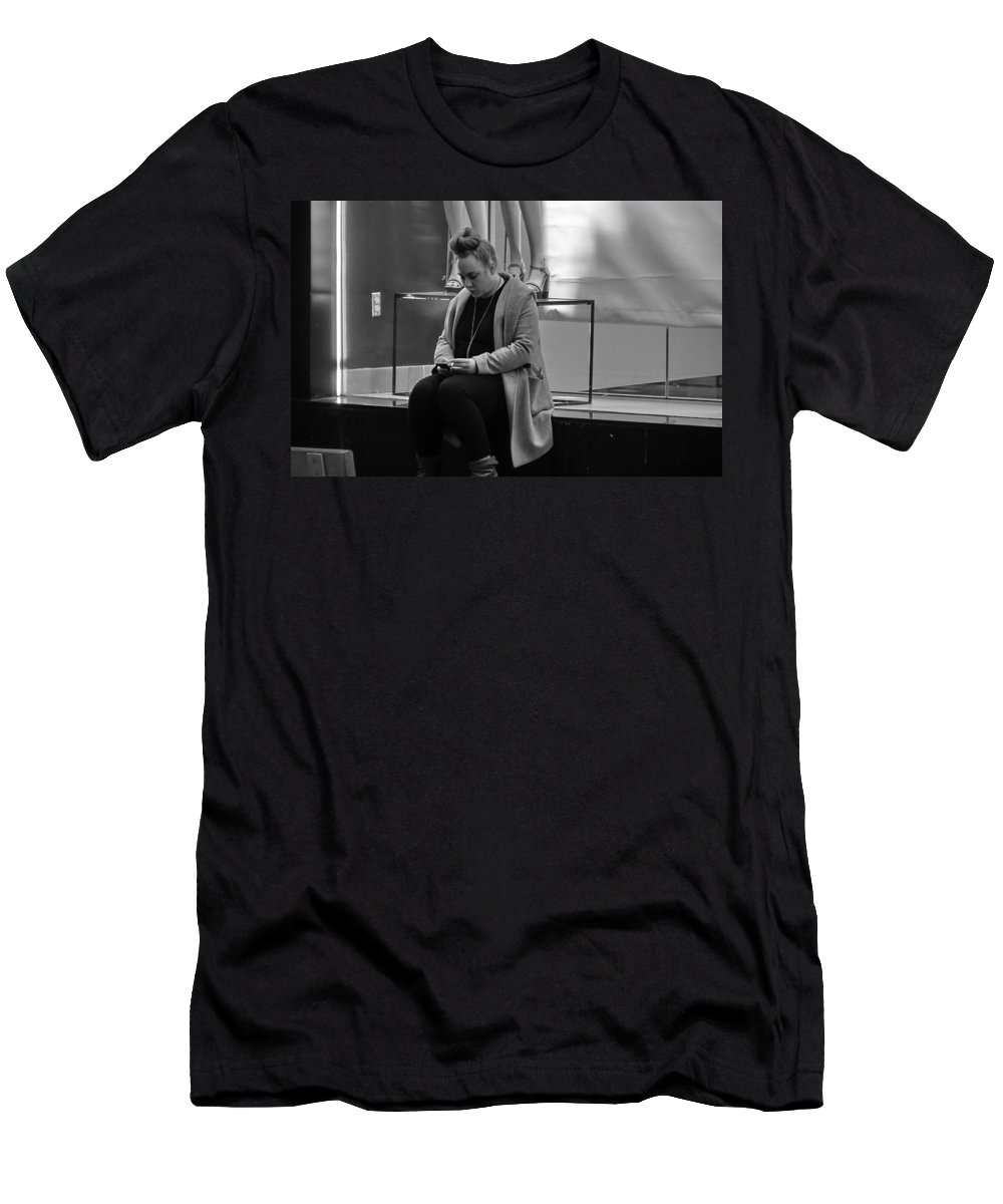 Woman Men's T-Shirt (Athletic Fit) featuring the photograph Woman Phone Night by Stuart Matthews
