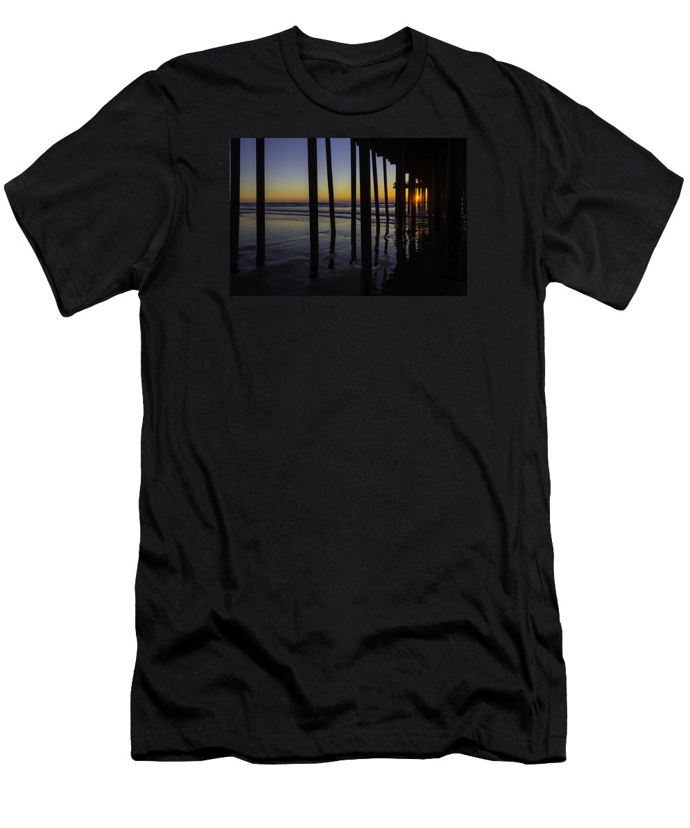 Pismo Beach Men's T-Shirt (Athletic Fit) featuring the photograph Wonderful Pismo Sunset by Garry Gay