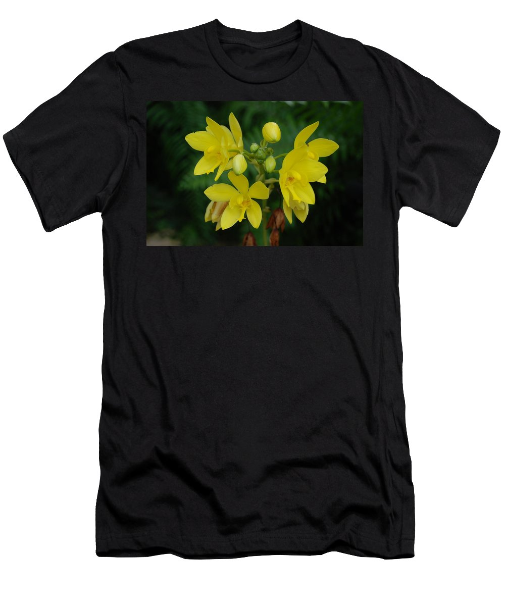 Macro Men's T-Shirt (Athletic Fit) featuring the photograph Yellow Flower by Rob Hans