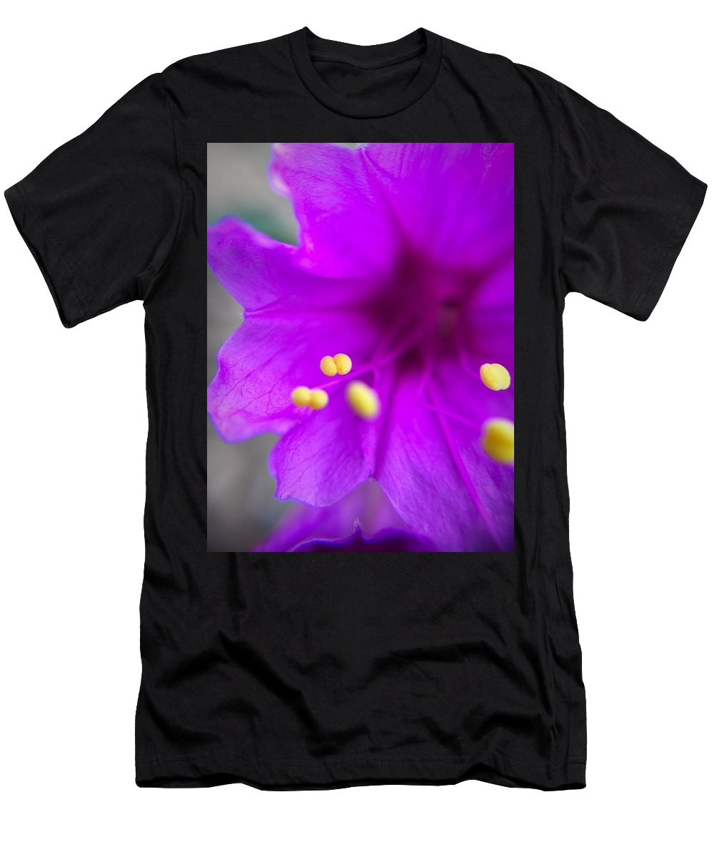 Wildflower Men's T-Shirt (Athletic Fit) featuring the photograph Yellow Pistil by Brad Hodges