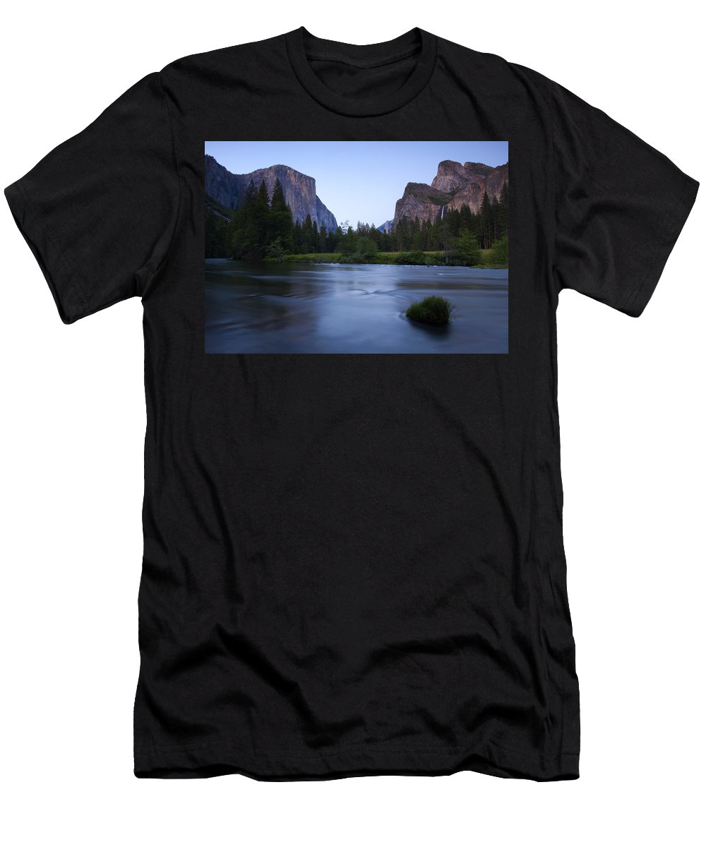 Yosemite Men's T-Shirt (Athletic Fit) featuring the photograph Yosemite Twilight by Mike Dawson