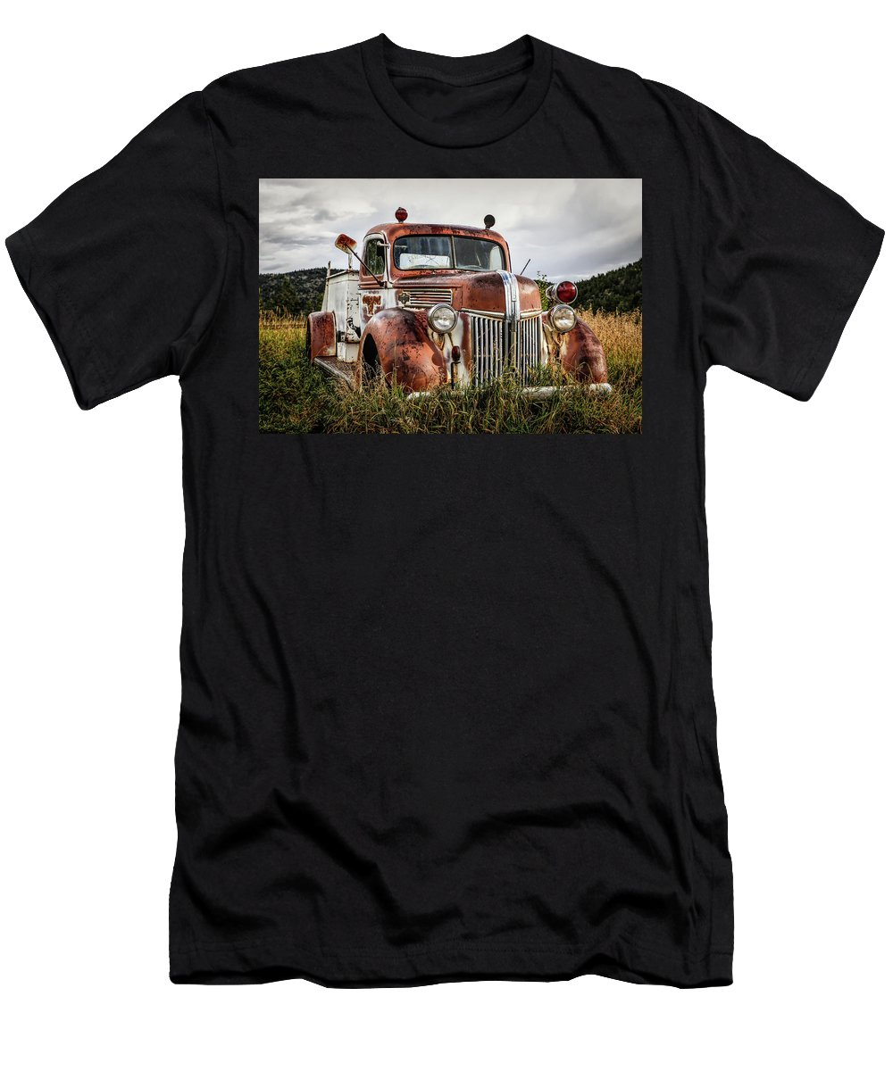 Firetruck Men's T-Shirt (Athletic Fit) featuring the photograph Old Fire Truck In The Mountains by Lynn Sprowl