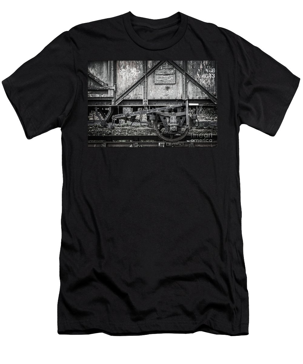 Train Men's T-Shirt (Athletic Fit) featuring the photograph Old Train In Bristol by Delphimages Photo Creations
