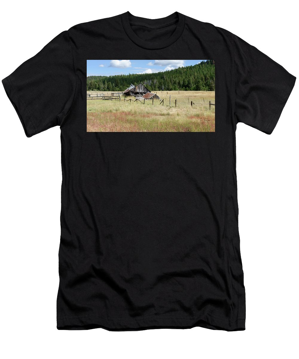 Landscapes T-Shirt featuring the photograph The Old Barn by Jim Thompson