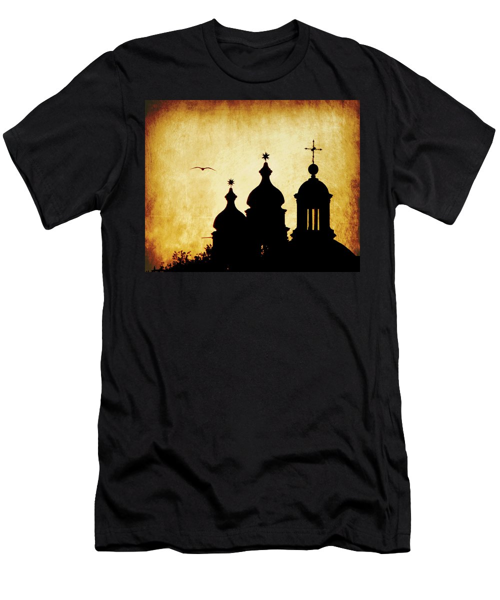 Venice Men's T-Shirt (Athletic Fit) featuring the photograph Venice Silhouette by Tiffany Travalent
