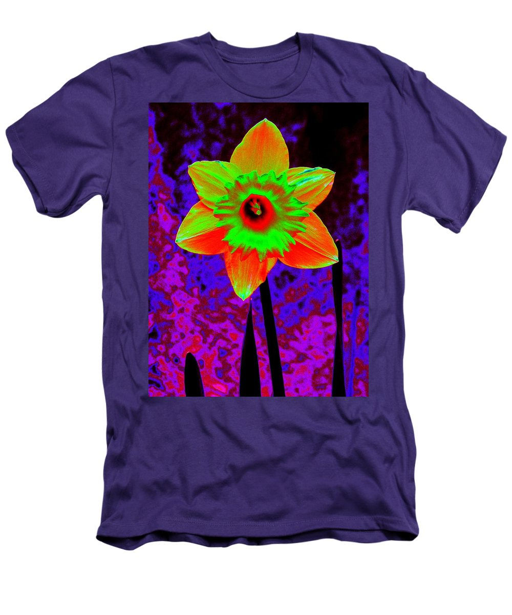 Daffodil Men's T-Shirt (Athletic Fit) featuring the photograph Daffodil 2 by Tim Allen