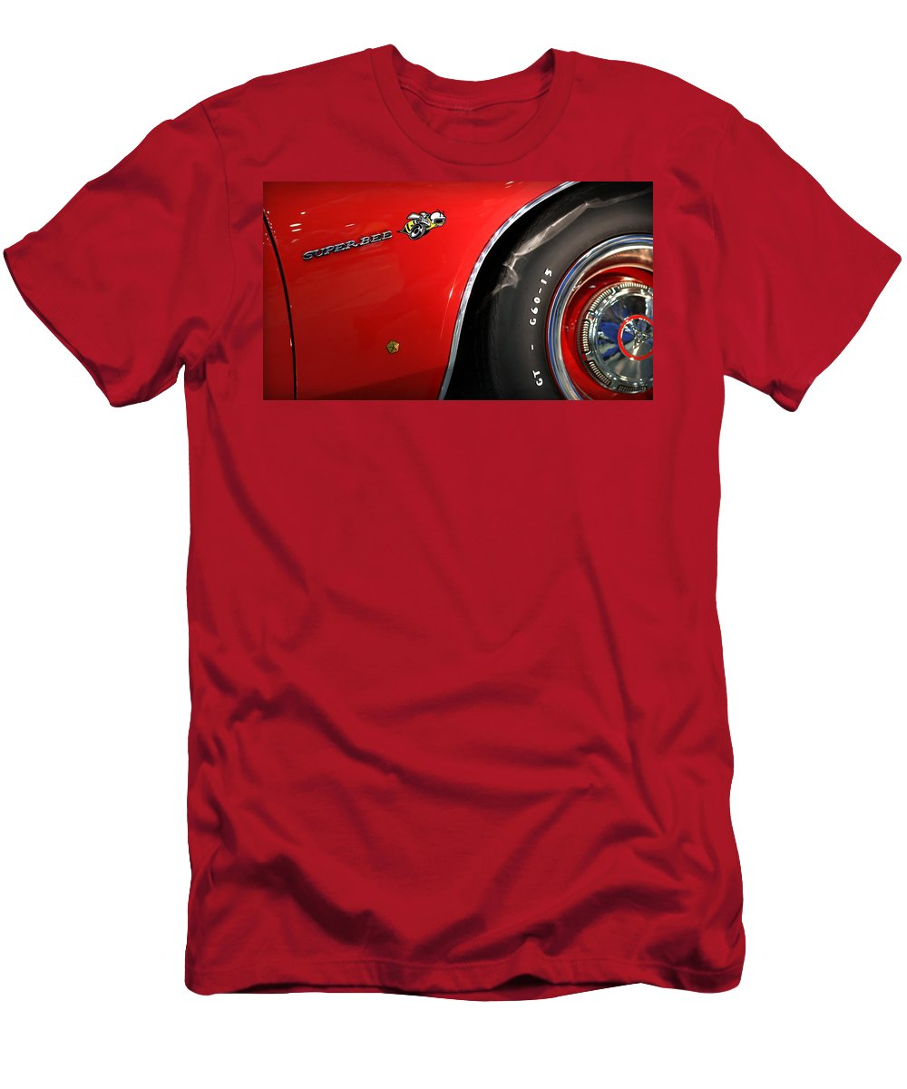 426 Men's T-Shirt (Athletic Fit) featuring the photograph 1971 Dodge Charger Super Bee by Gordon Dean II