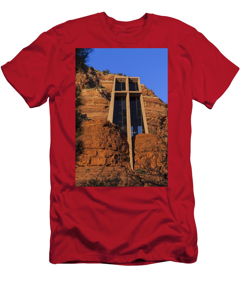 Architecture Men's T-Shirt (Athletic Fit) featuring the photograph Chapel In The Rock by Ed Gleichman