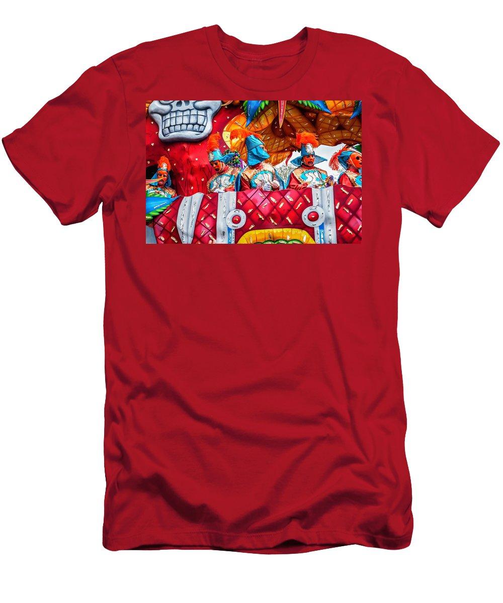 Nola Men's T-Shirt (Athletic Fit) featuring the photograph Mardi Gras Float 2 by Steve Harrington