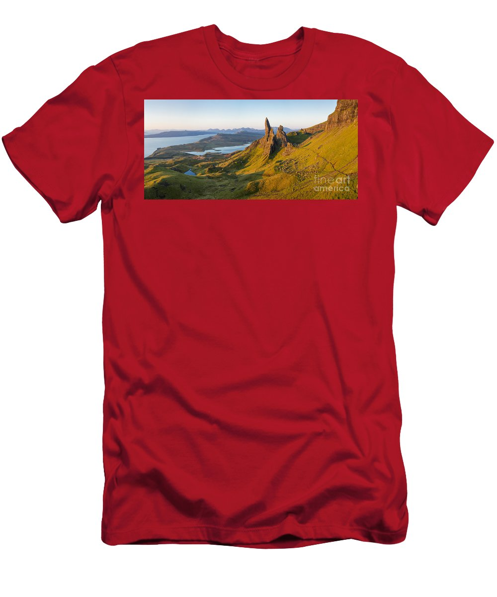 Beautiful Men's T-Shirt (Athletic Fit) featuring the photograph Old Man Of Storr - Pano by Brian Jannsen