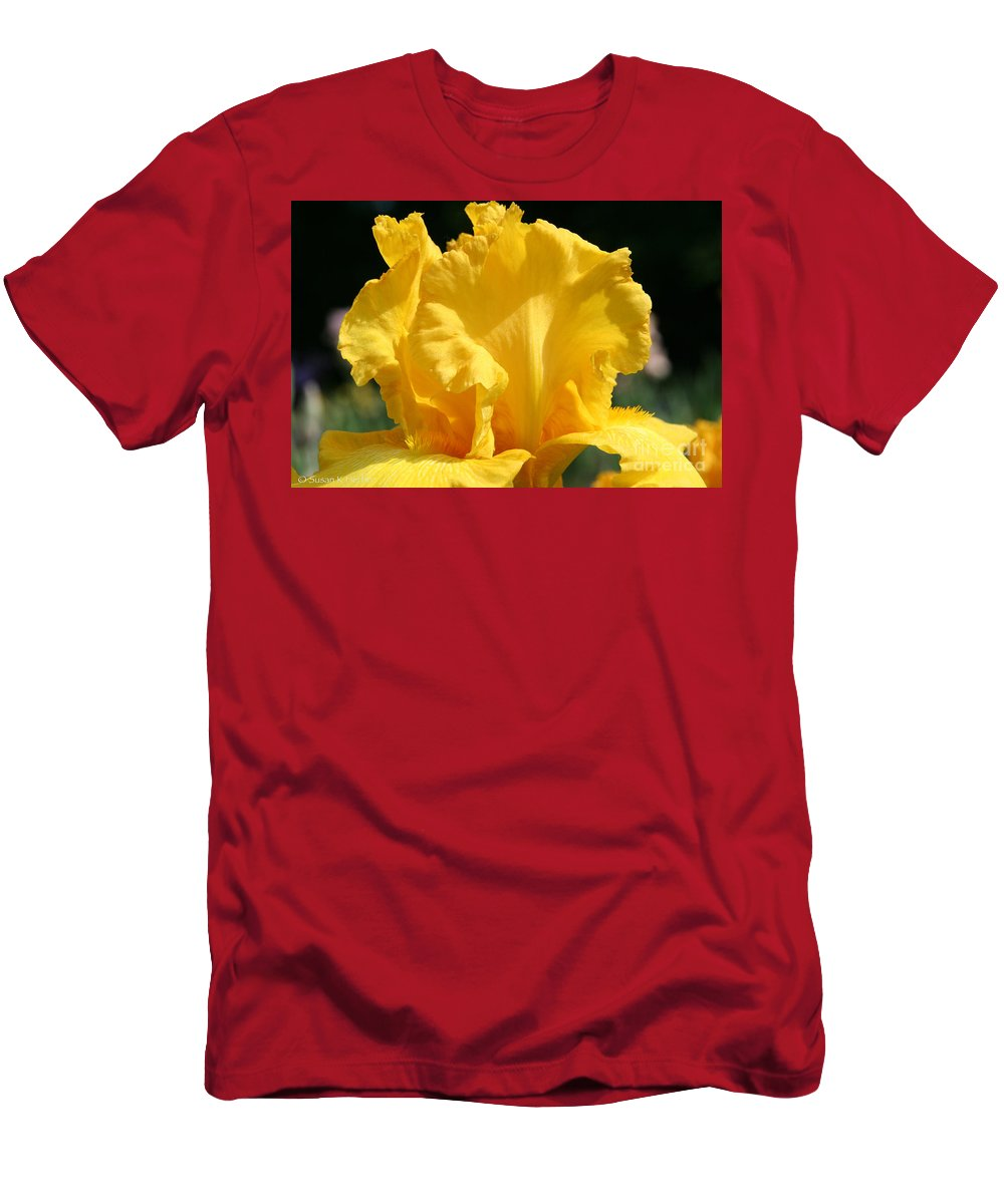Flower Men's T-Shirt (Athletic Fit) featuring the photograph Phaeton Finery by Susan Herber