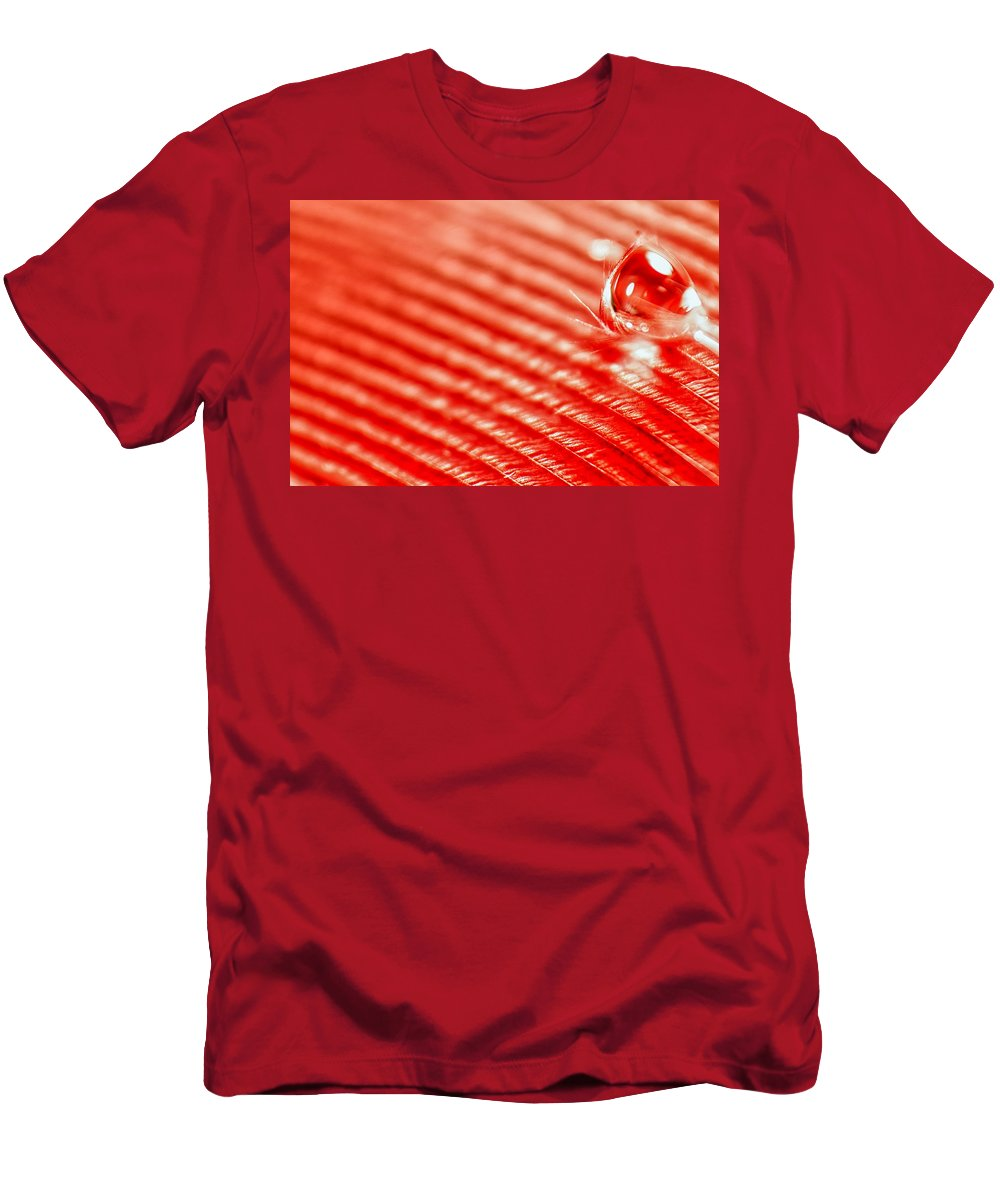 Feather Men's T-Shirt (Athletic Fit) featuring the photograph Red Lined by Lauri Novak