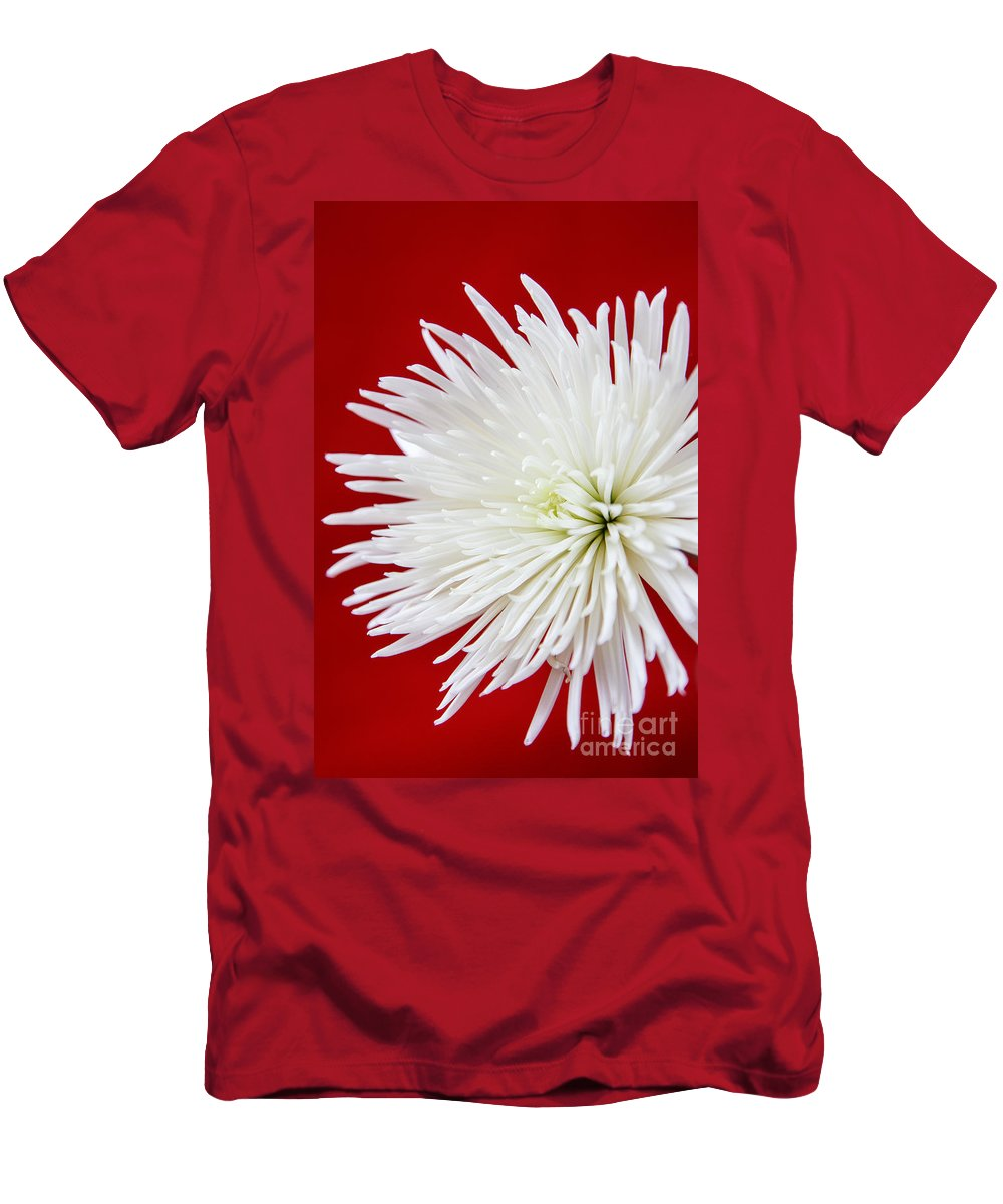 Flower Men's T-Shirt (Athletic Fit) featuring the photograph The White Mum by Terri Morris