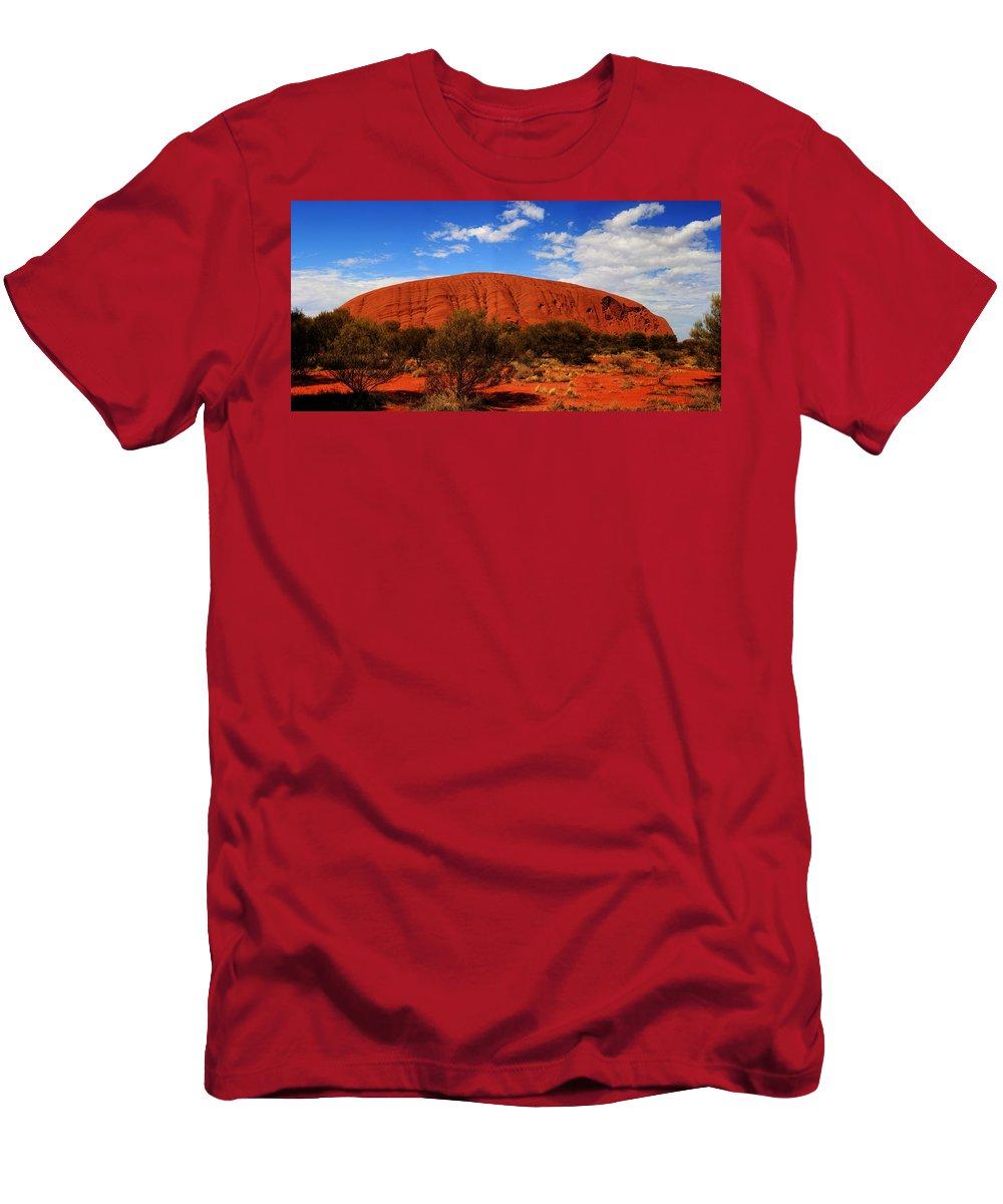 Uluru Men's T-Shirt (Athletic Fit) featuring the photograph Uluru Central Australia by Douglas Barnard