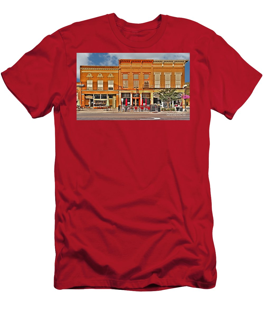 Perrysburg Ohio Men's T-Shirt (Athletic Fit) featuring the photograph Downtown Perrysburg by Jack Schultz