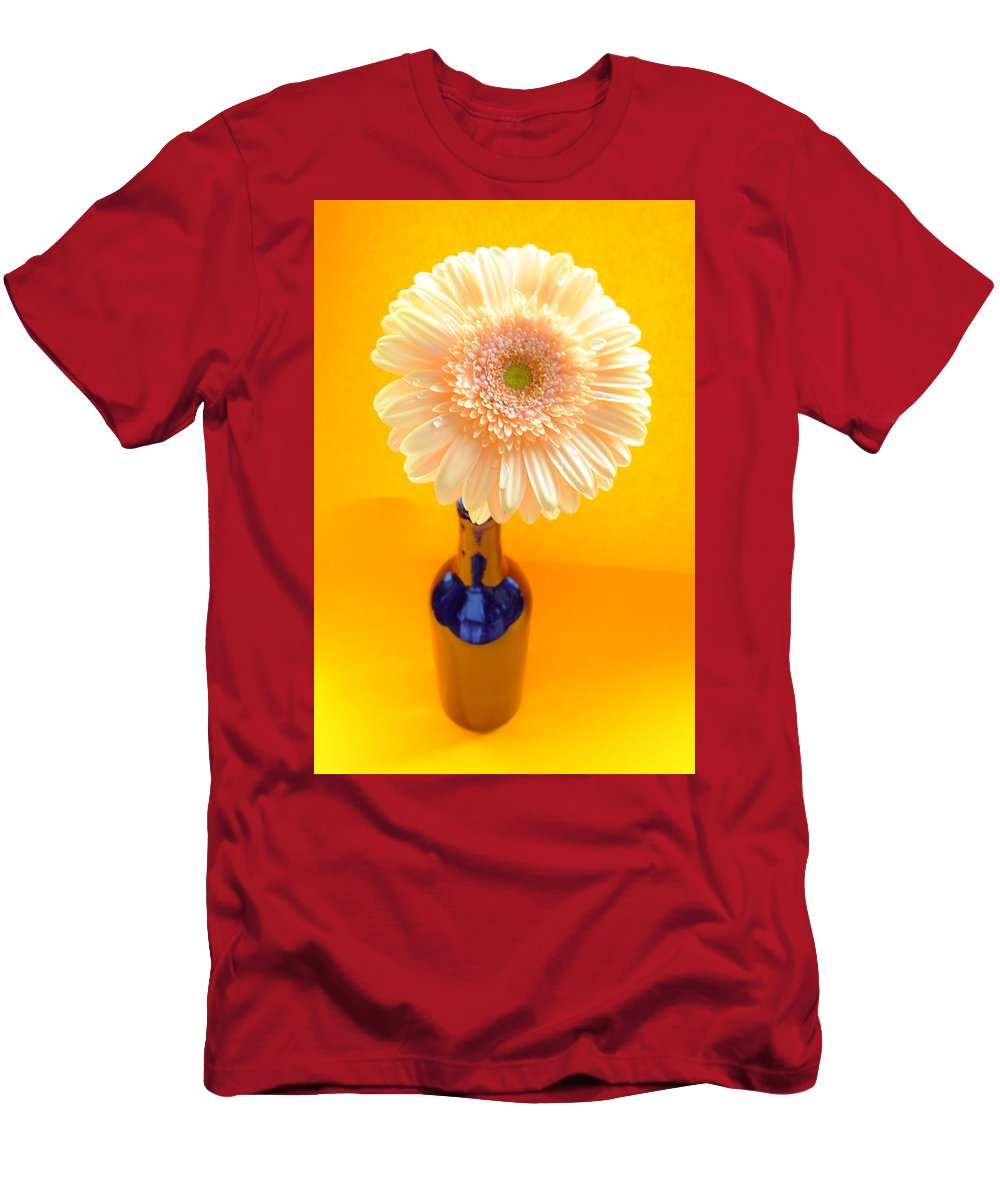 Gerbera Photographs Men's T-Shirt (Athletic Fit) featuring the photograph 1525-001 by Kimberlie Gerner