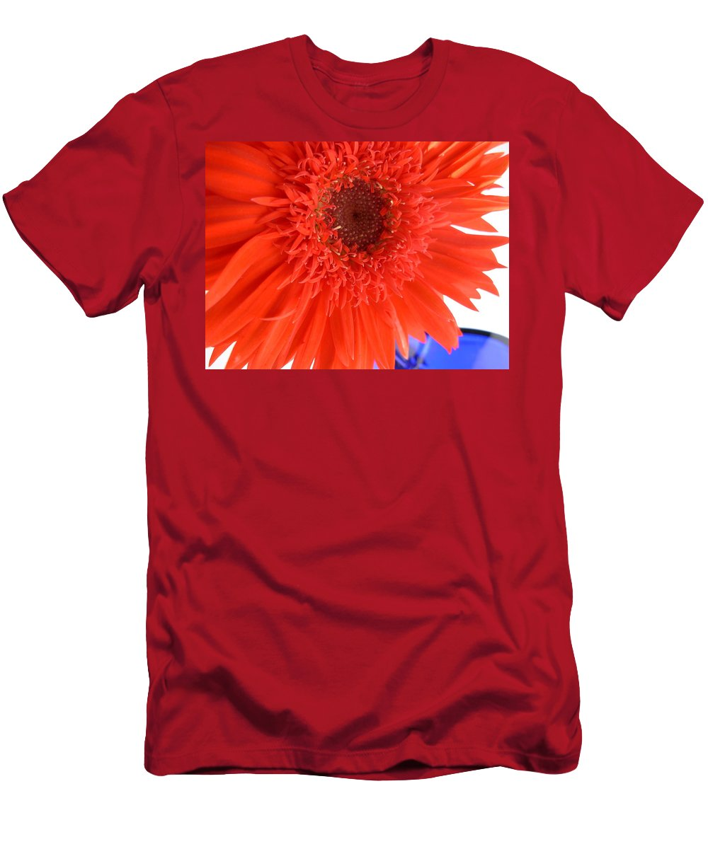 Gerbera Photographs Men's T-Shirt (Athletic Fit) featuring the photograph 6448 by Kimberlie Gerner