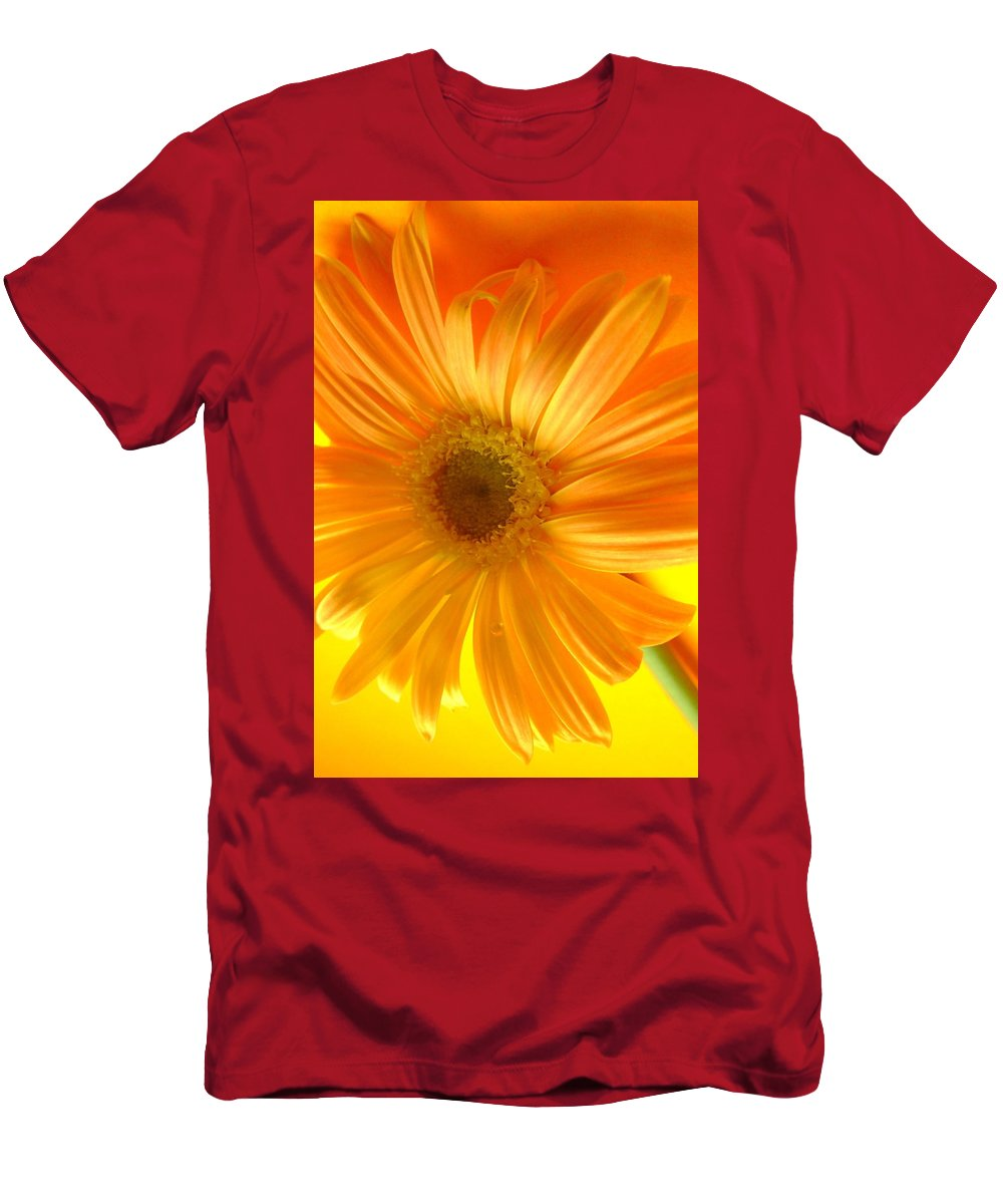 Gerbera Photographs Men's T-Shirt (Athletic Fit) featuring the photograph 7321-002 by Kimberlie Gerner
