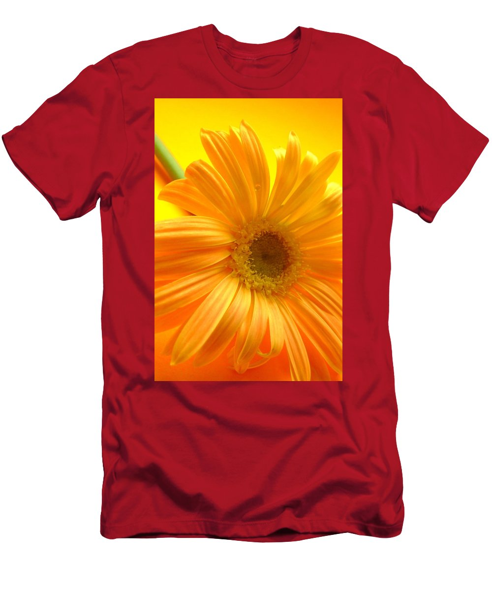 Gerbera Photographs Men's T-Shirt (Athletic Fit) featuring the photograph 7321-007 by Kimberlie Gerner