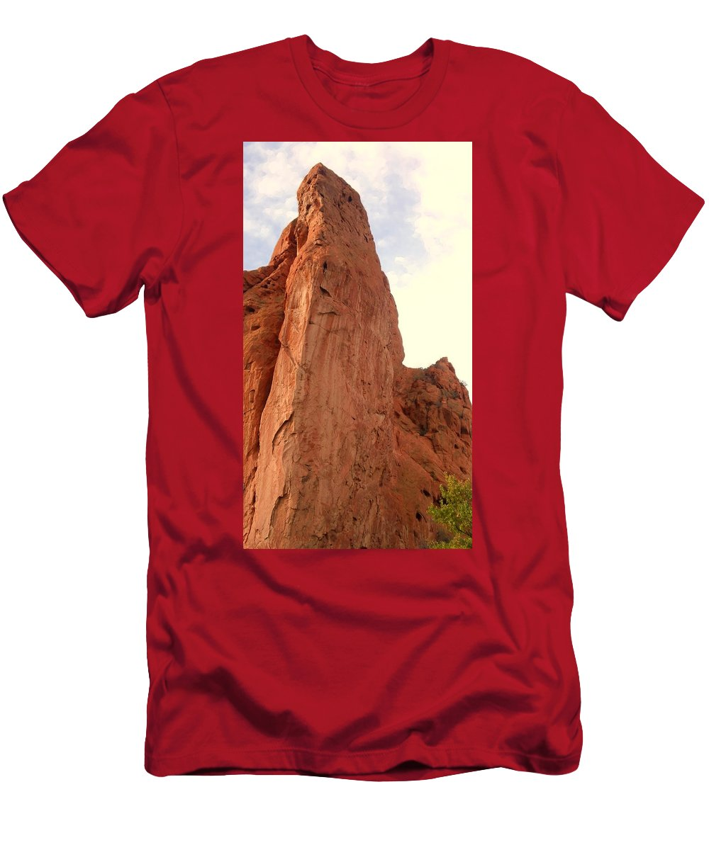 Garden Of The Gods Men's T-Shirt (Athletic Fit) featuring the photograph Garden Of The Gods 2 by Usha Shantharam
