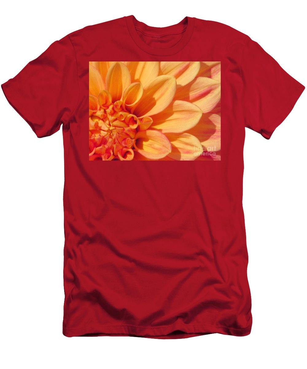 Dahlia Men's T-Shirt (Athletic Fit) featuring the photograph Sunglow by Rory Sagner