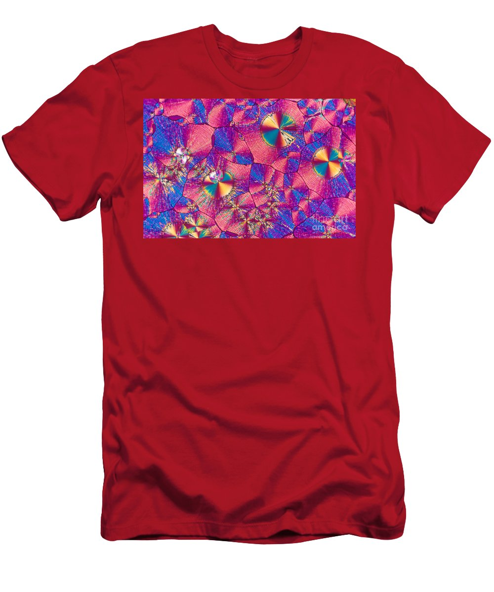 Chemistry Men's T-Shirt (Athletic Fit) featuring the photograph Vitamin B3 Crystal by Michael W. Davidson