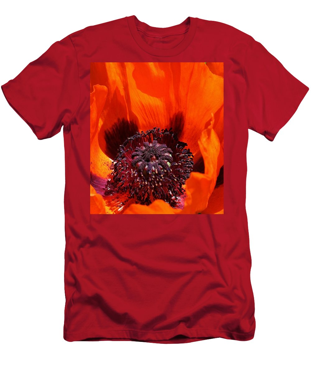 Flora Men's T-Shirt (Athletic Fit) featuring the photograph Brilliant Poppy by Bruce Bley