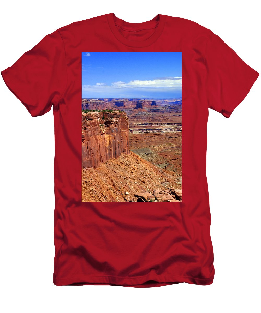 Canyonlands National Park Men's T-Shirt (Athletic Fit) featuring the photograph Canyonlands 4 by Marty Koch