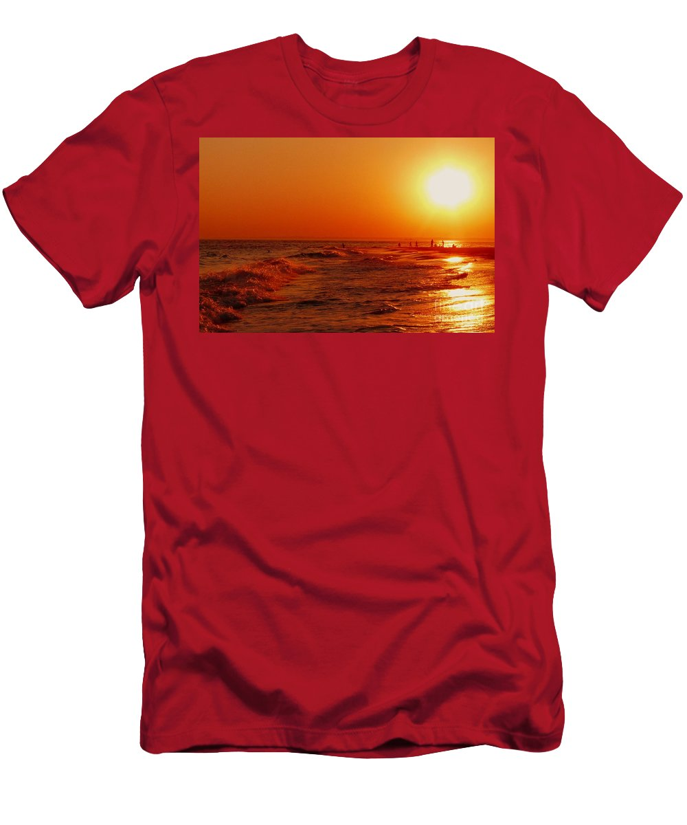 Sunset Men's T-Shirt (Athletic Fit) featuring the photograph Day's End by Kendall Eutemey