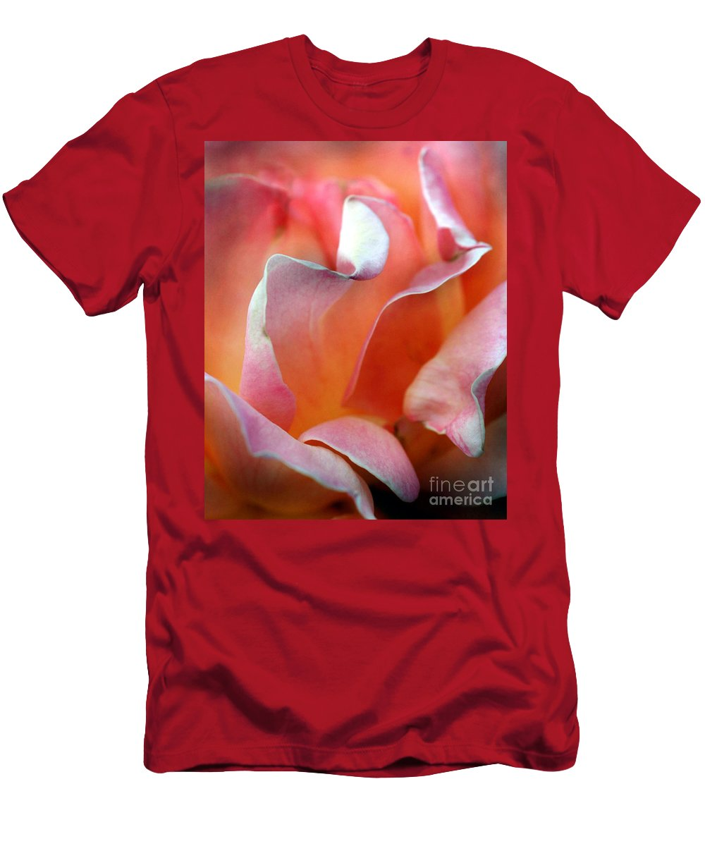 Flowers Men's T-Shirt (Athletic Fit) featuring the photograph Georgias Rose by Norman Andrus