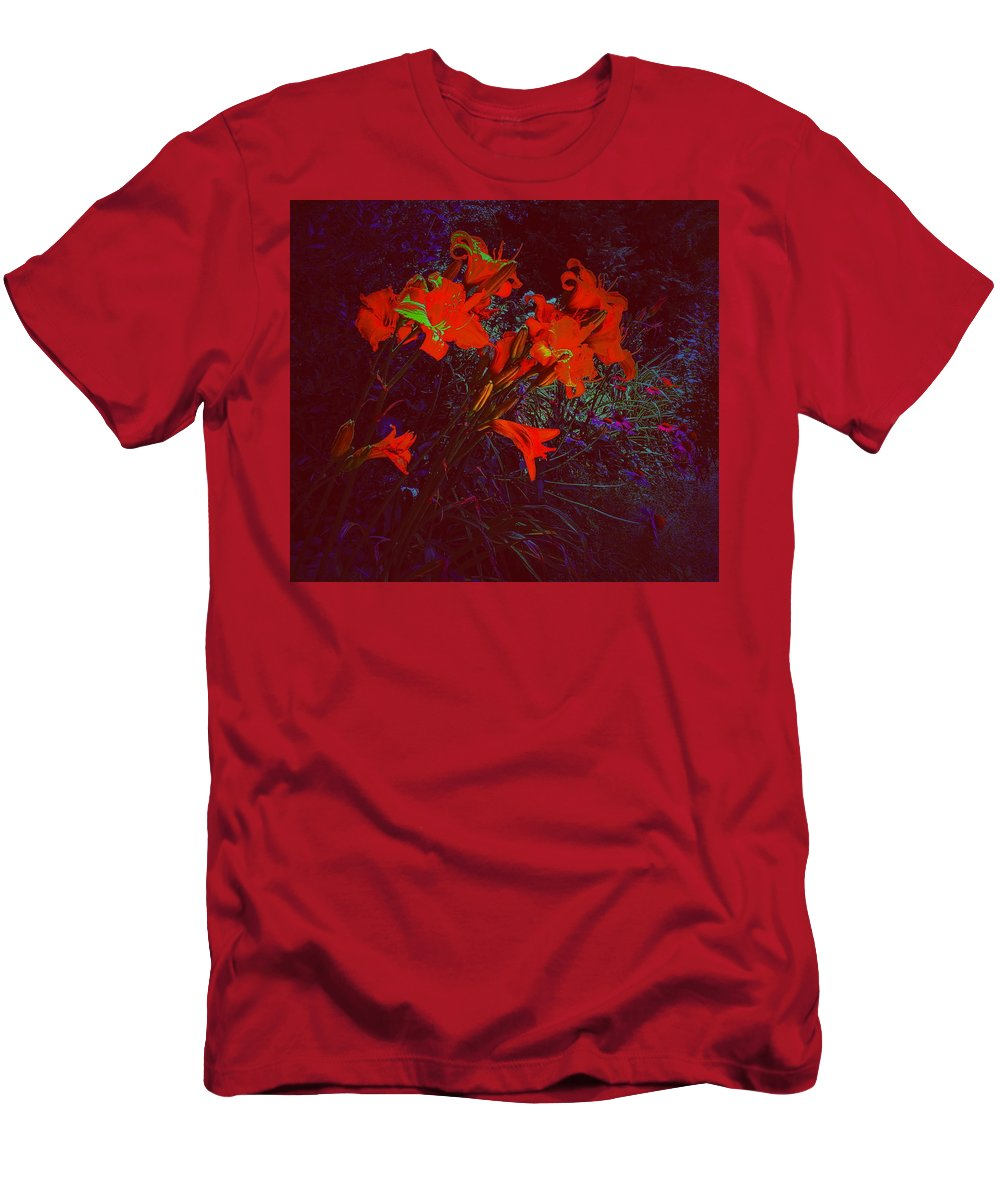 Daylillies Men's T-Shirt (Athletic Fit) featuring the photograph Illuminated Daylillies by Paul Kercher